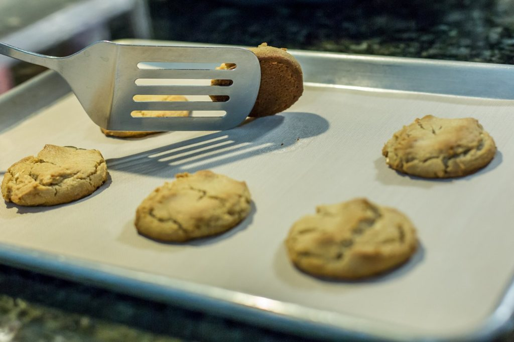 baking cookies with oven liner