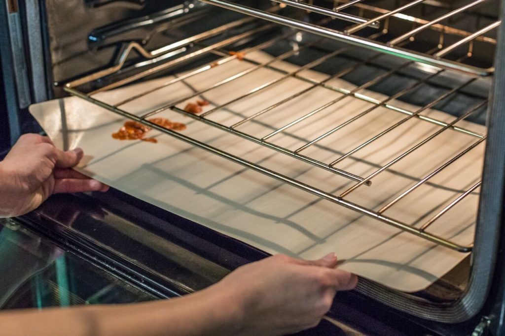 Oven Liners The Best Protector Of Your Oven Kitchen